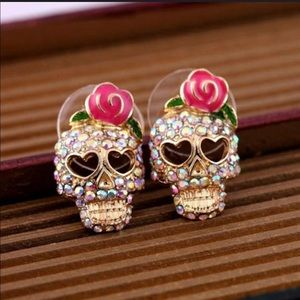 Jewelry - Adorable Sugar Skull Earrings